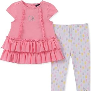 NWT- CALVIN KLEIN BABY GIRLS MATCHING OUTFIT SET